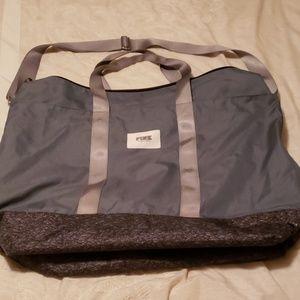 Vs pink large weekender bag